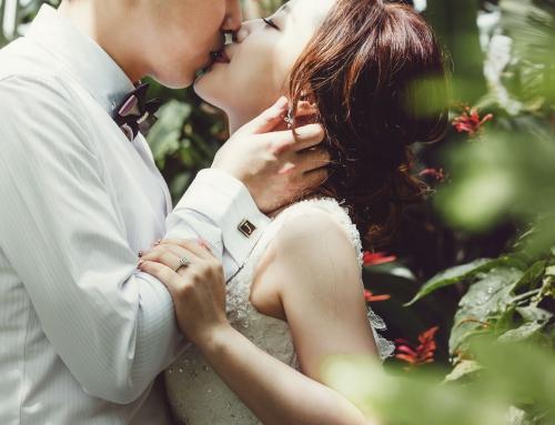 拍婚紗,為什麼都要接吻?